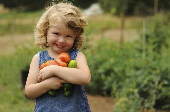 Sweet Girl Gardening