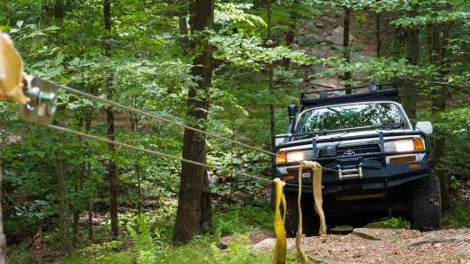 The Four Wheel Drive Recovery Gear That Every Off-Roader Should Have