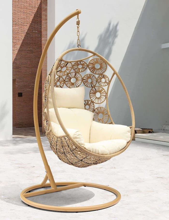 outdoor hanging egg chair